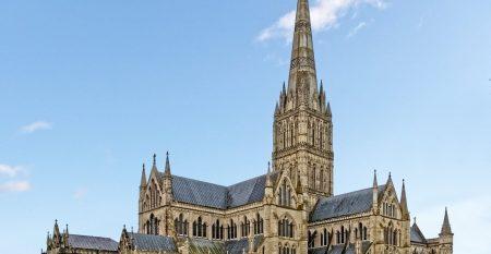 SalisburyCathedral-wyrdlight-EastExt[1]