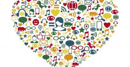 iconos-redes-sociales-forma-corazon_23-2147490829[1]